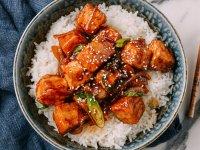 Teriyaki Tofu Rizses tál