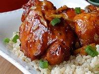 Vietnami gyömbéres, karamellás csirkecombok